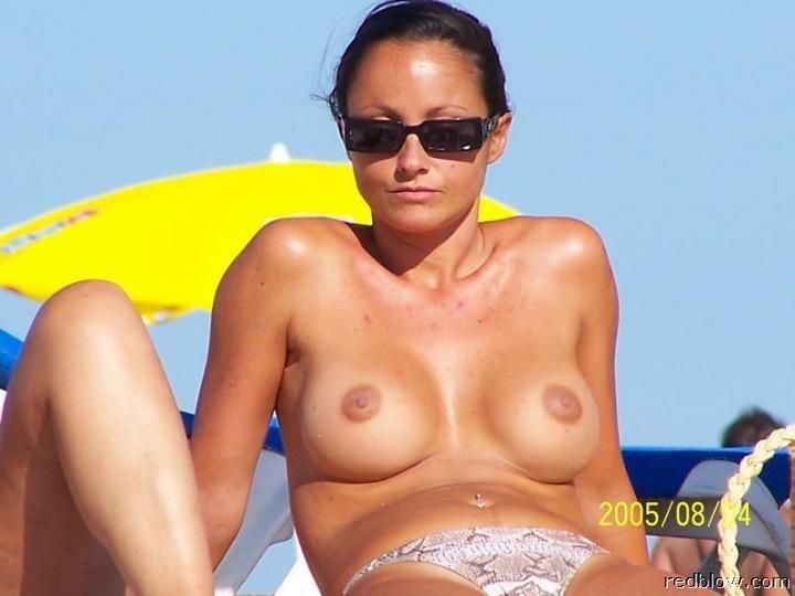 beach-girls-15