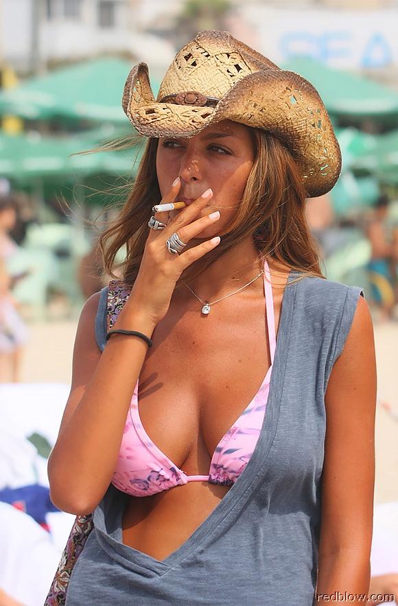 beach-girls-21