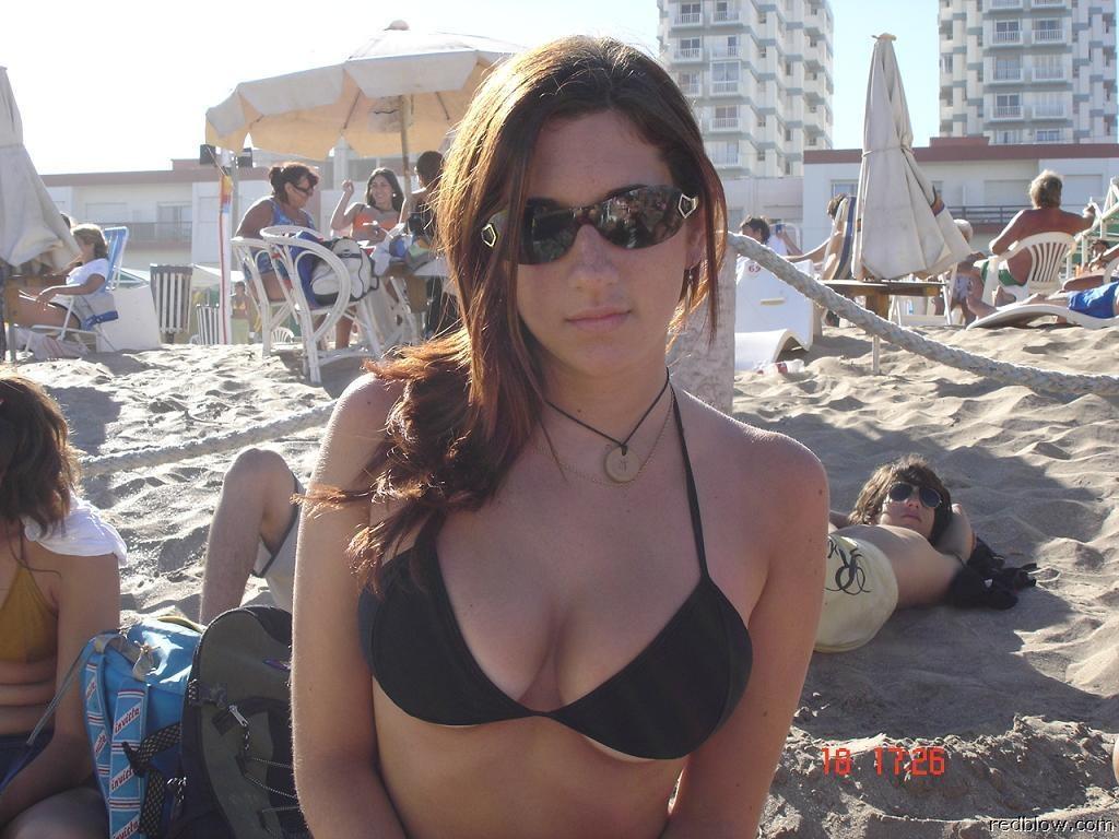 beach-girls-28