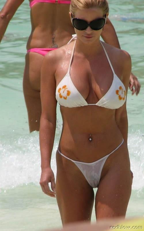 beach-girls-32