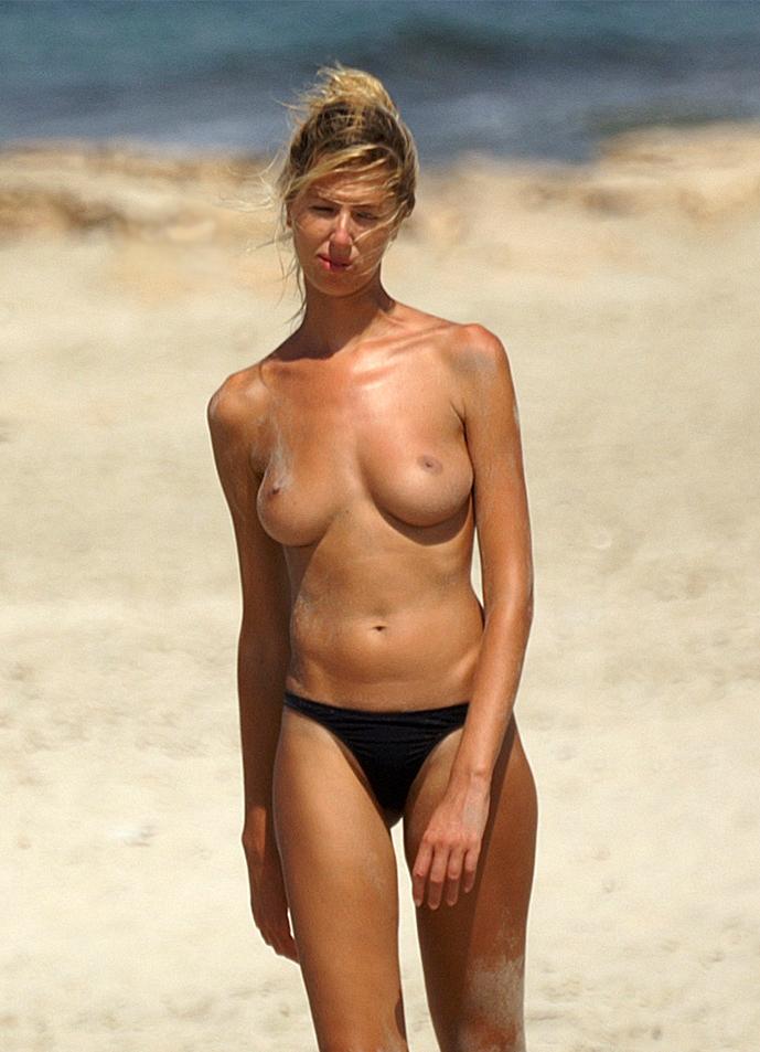 beach-girls-vol4-topless-nude-07