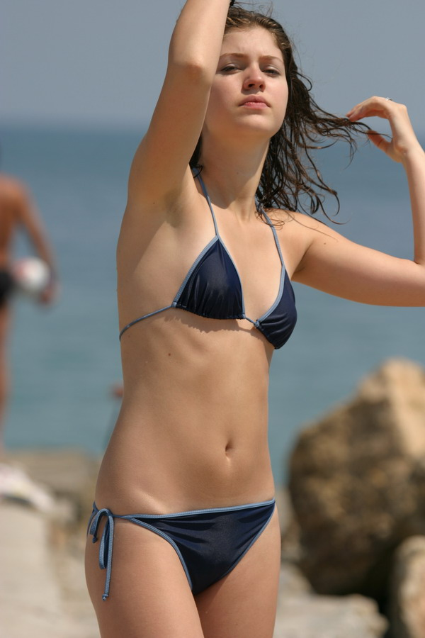 beach-girls-vol4-topless-nude-73