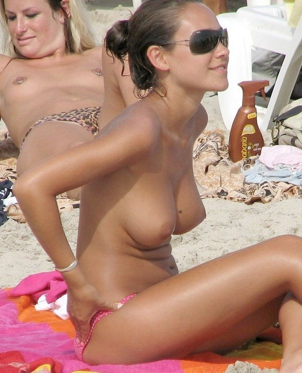 Girls topless at south beach