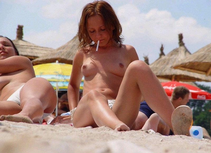 beach-girls-vol5-nudists-seaside-34