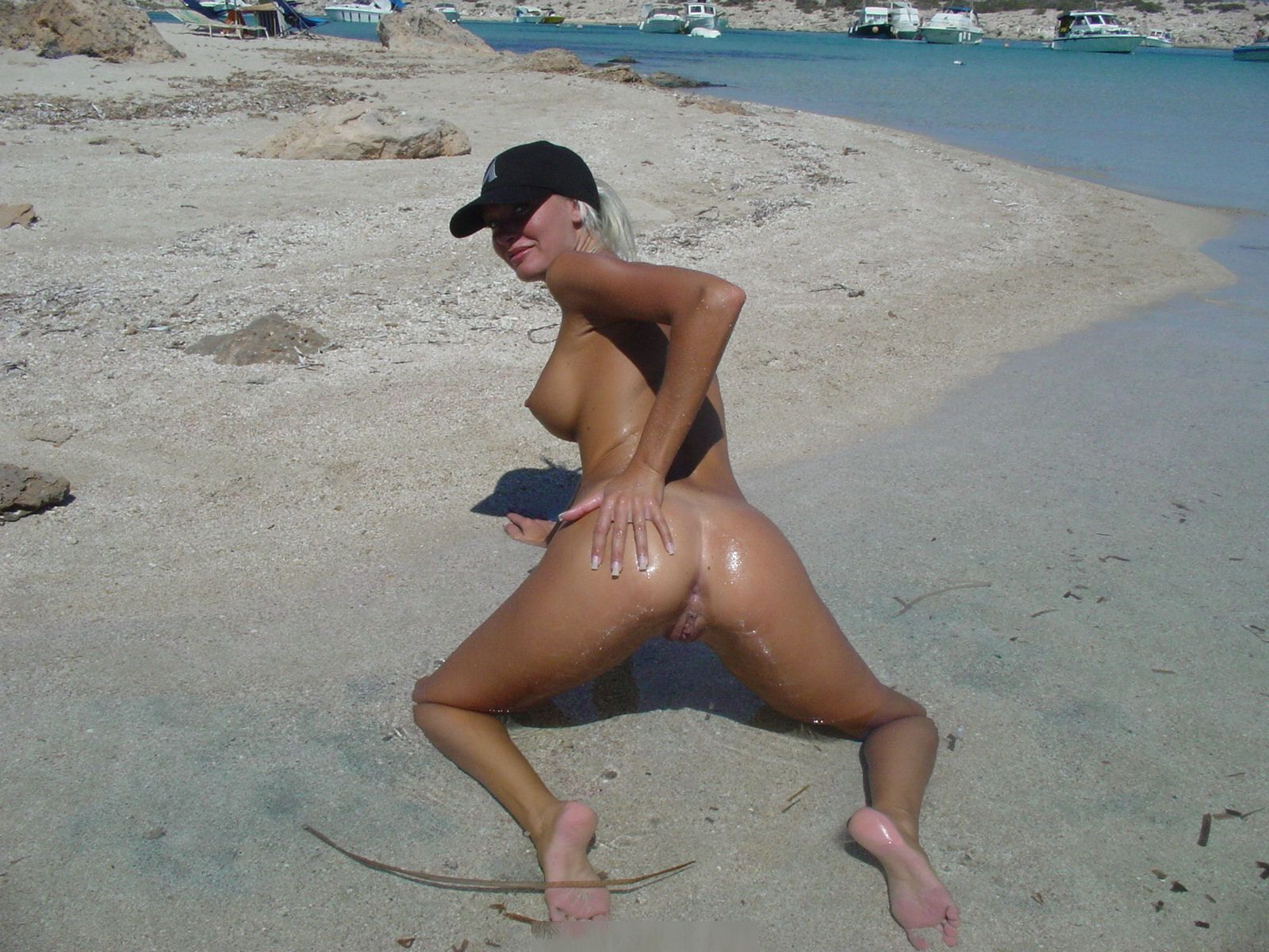 nude-beach-nudists-girls-mix-vol6-14