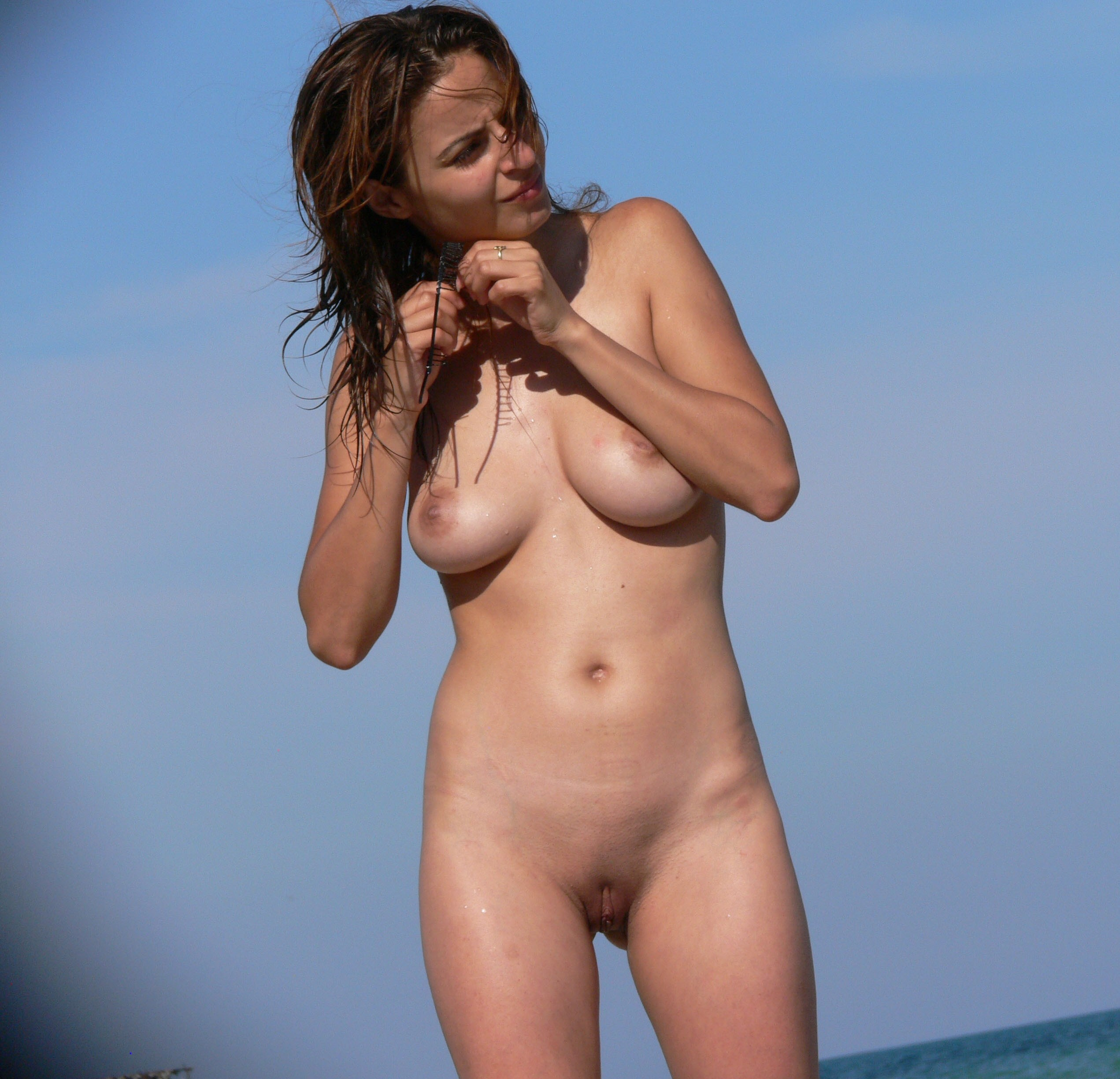 nude-beach-nudists-girls-mix-vol6-83