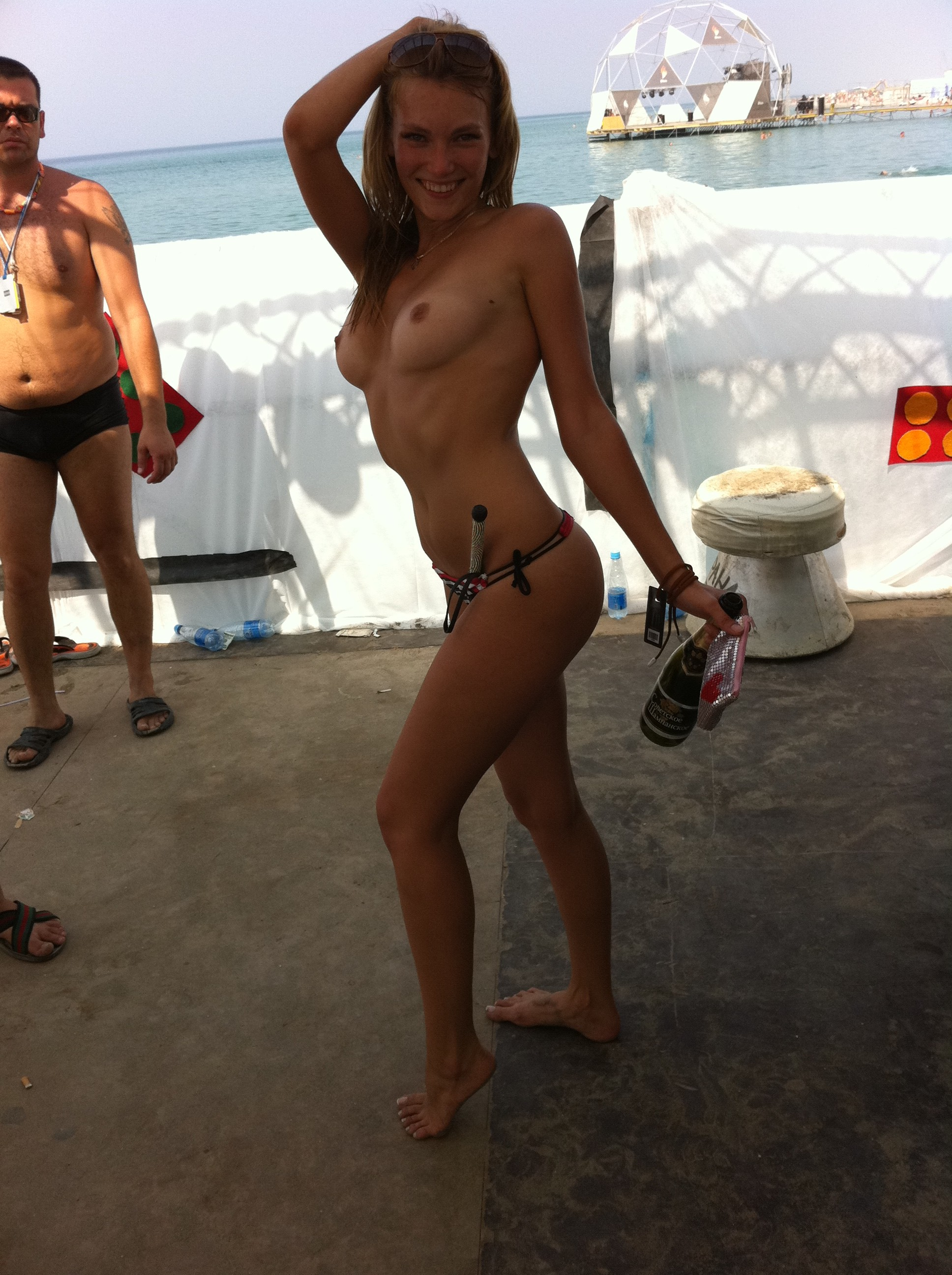 nude-beach-nudists-girls-mix-vol6-90