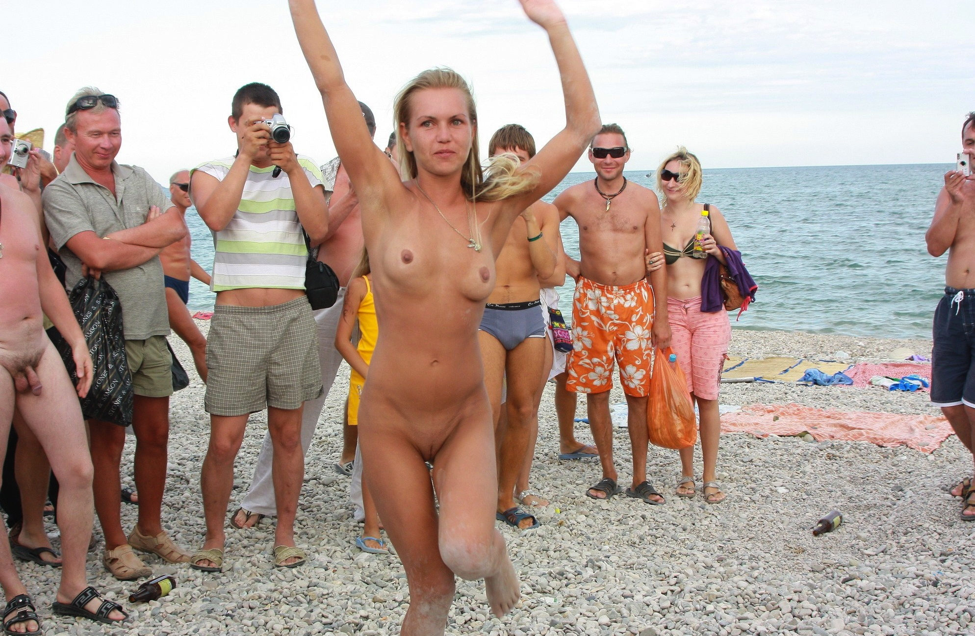 nude-beach-nudists-girls-mix-vol6-94