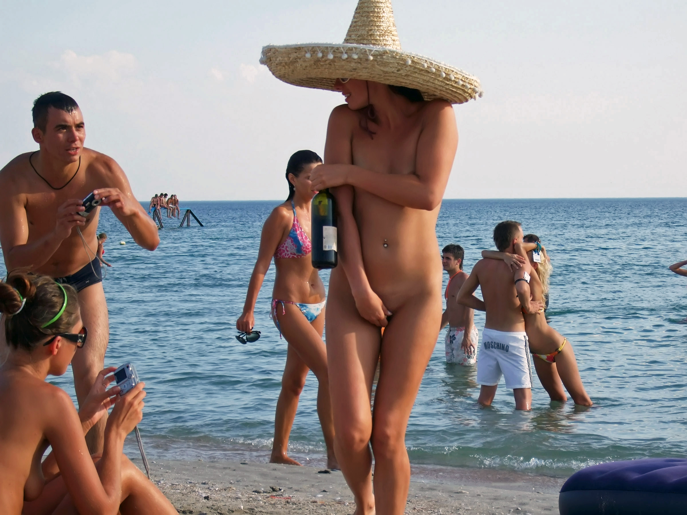 nude-beach-nudists-girls-mix-vol6-98