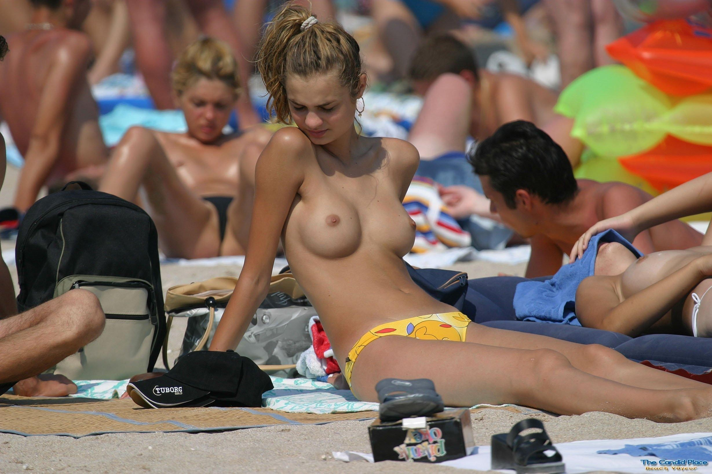 nudists-girls-boobs-beach-topless-mix-vol7-28