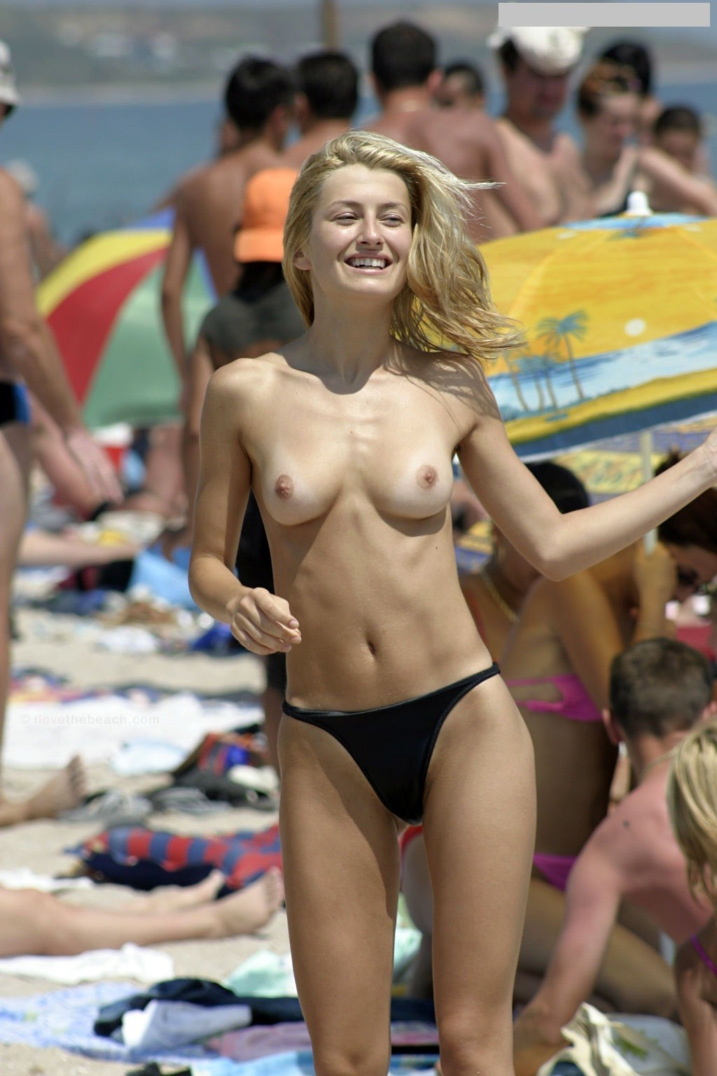 nudists-girls-boobs-beach-topless-mix-vol7-40