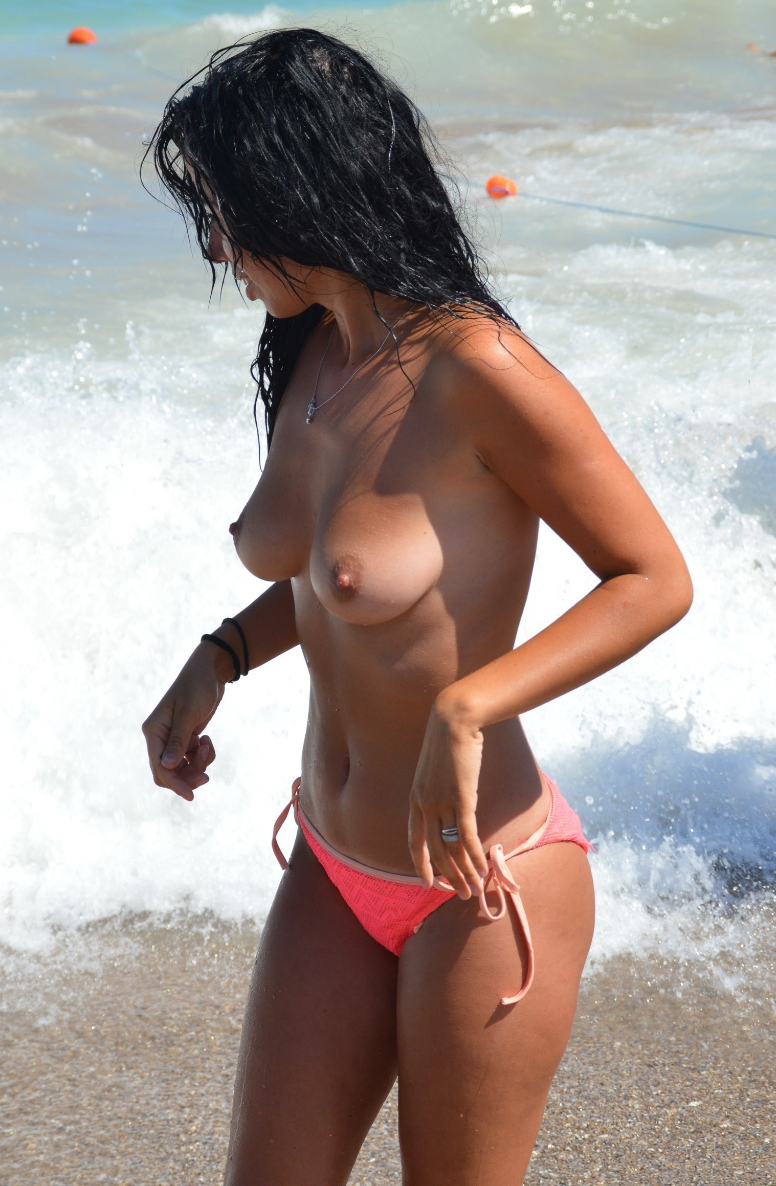 nudists-girls-boobs-beach-topless-mix-vol7-83