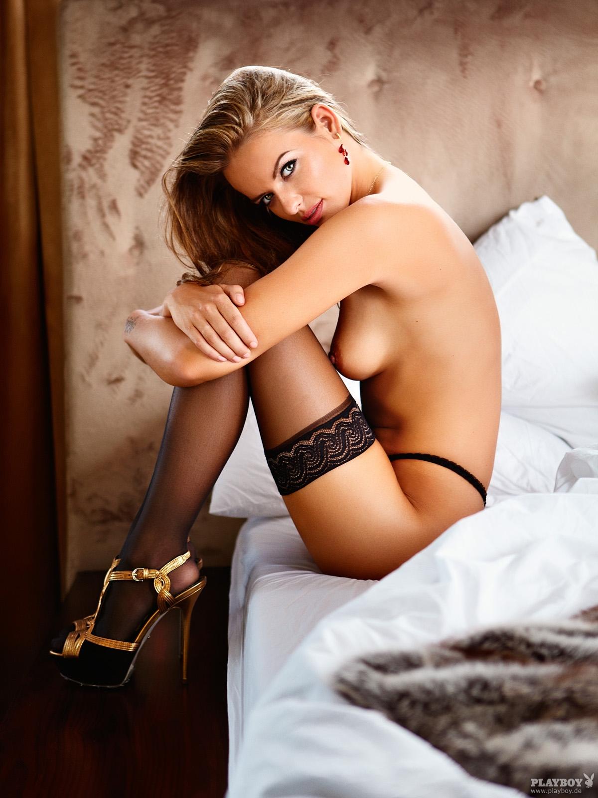 porno-video-ochen-krasivih-v-chulkah