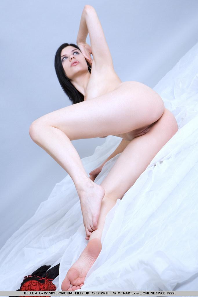belle-a-black-stockings-metart-12