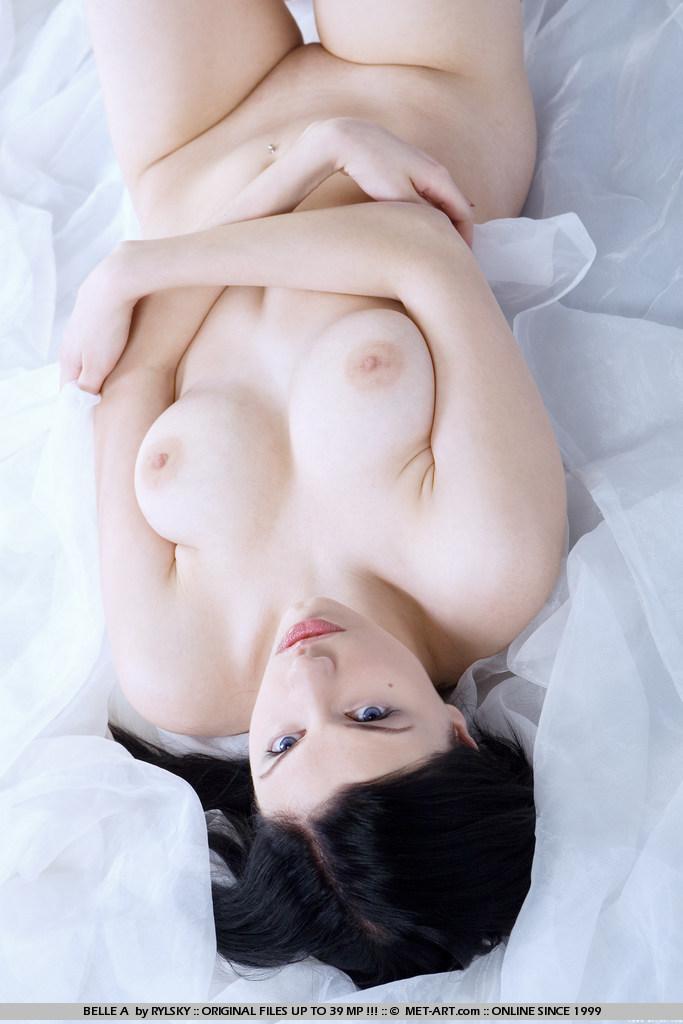 belle-a-black-stockings-metart-15