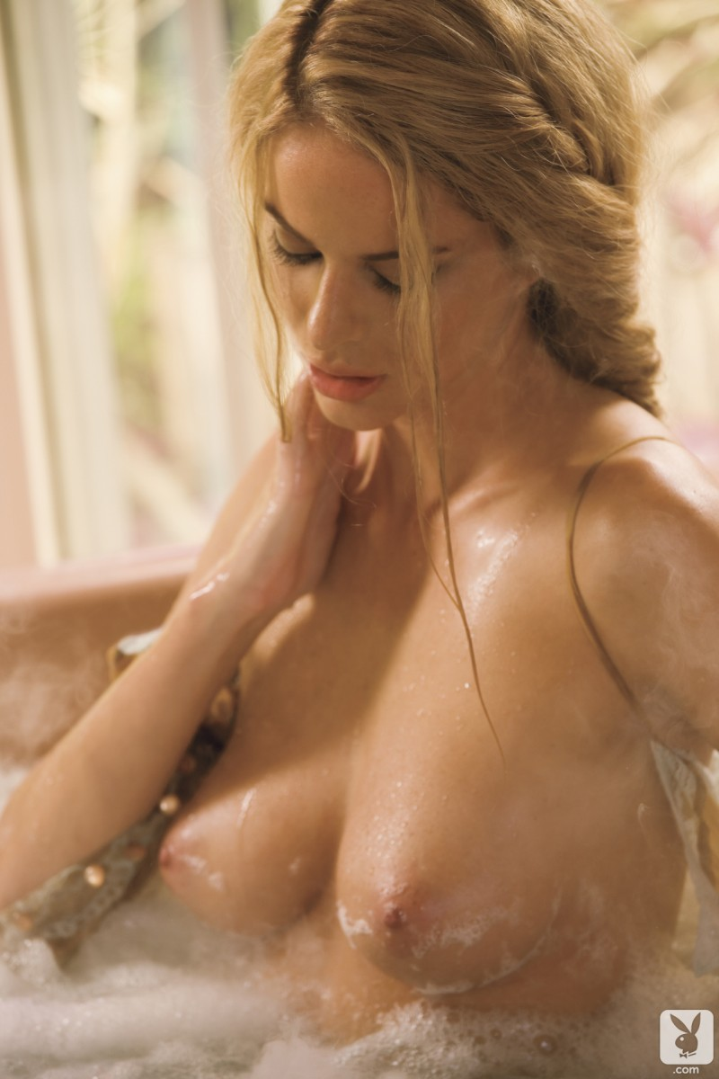 beth williams in hot bath