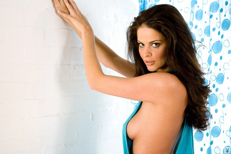 beth-williams-cyber-girl-of-the-month-january-2010-playboy-04
