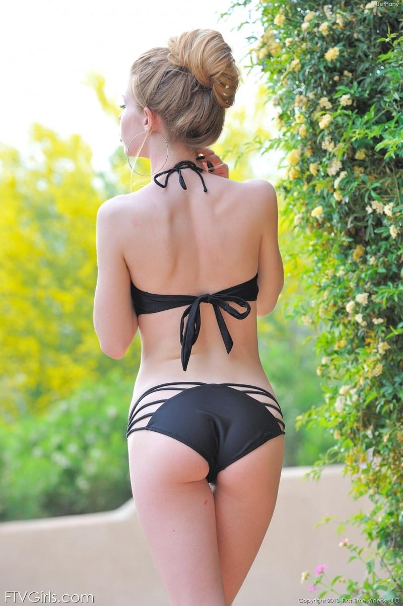bethany-bikini-pool-ftvgirls-13