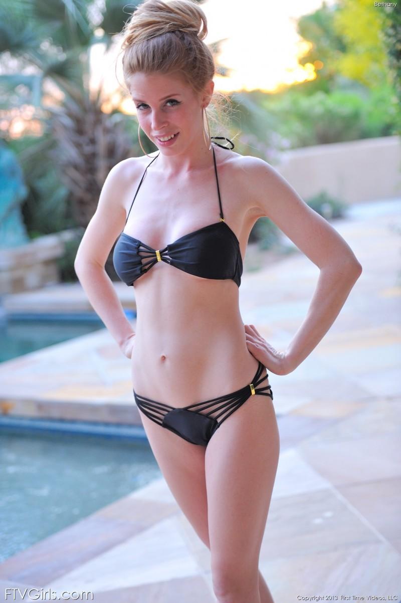 bethany-bikini-pool-ftvgirls-15