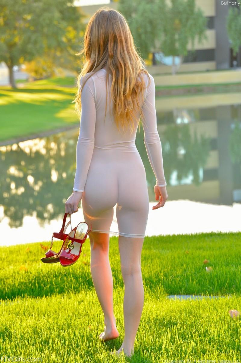 bethany-flash-nude-park-ftvgirls-17