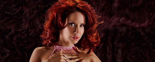 Bianca Beauchamp in pink fishnet