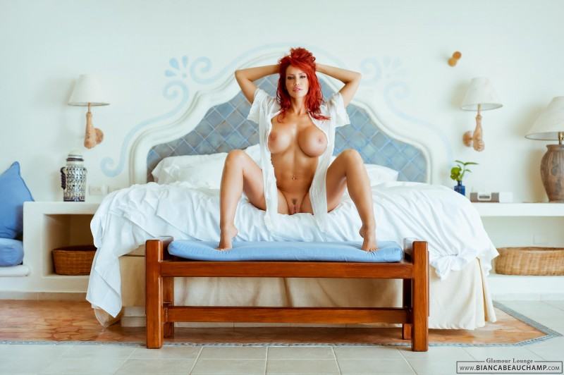 bianca-beauchamp-bedroom-boobs-redhead-04