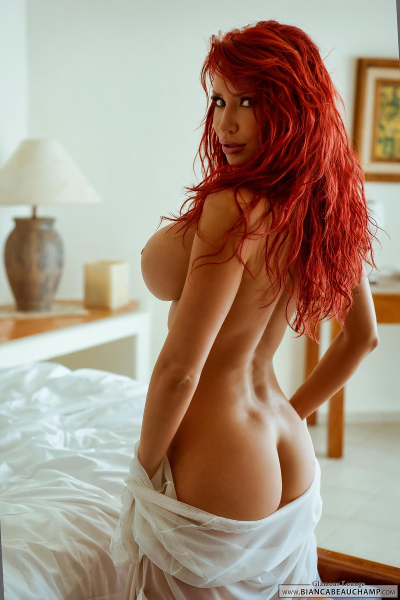 bianca-beauchamp-bedroom-boobs-redhead-11