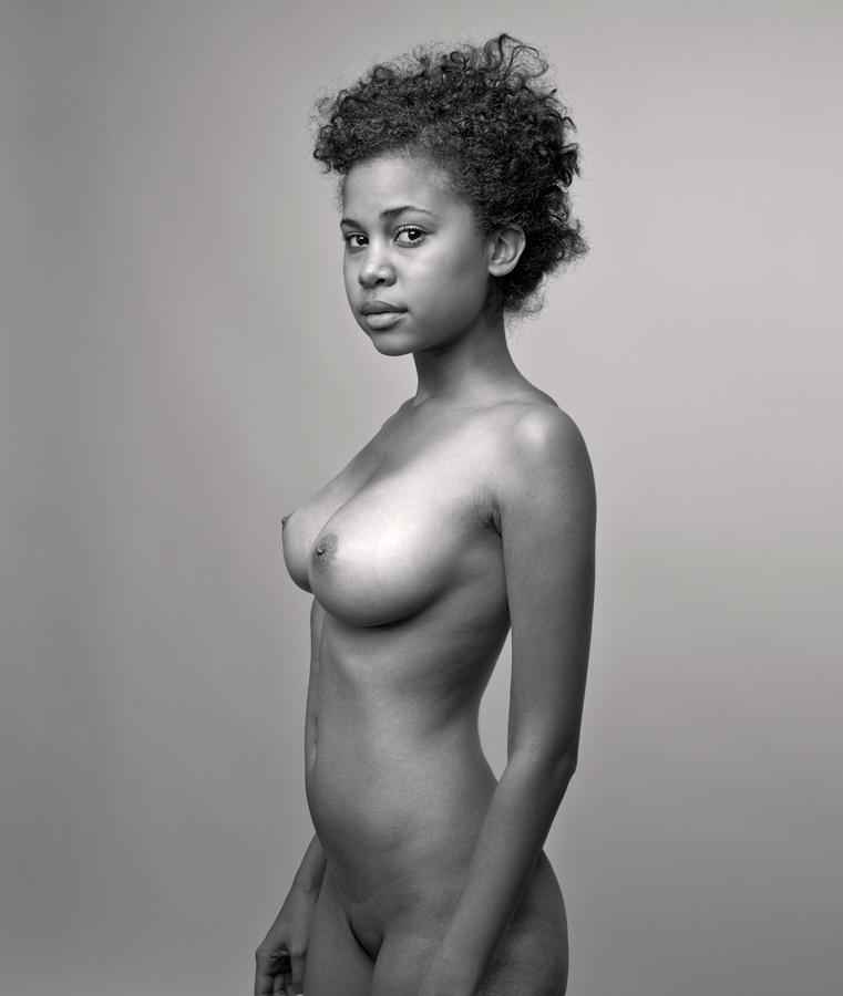 modeli-erotika-portret