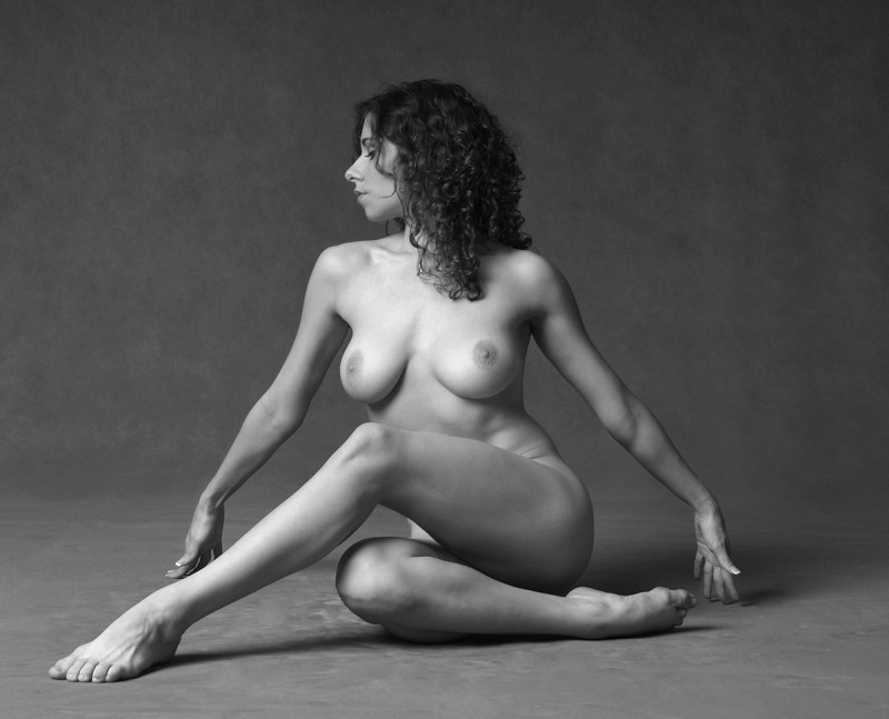 b&w-erotica-vol11-02