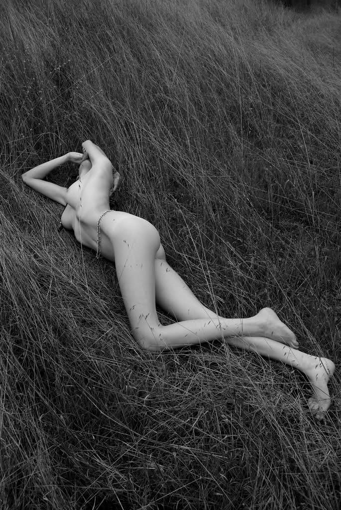 b&w-erotica-vol11-49