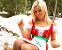 blond-santa-helper