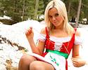 blond-santa-helper