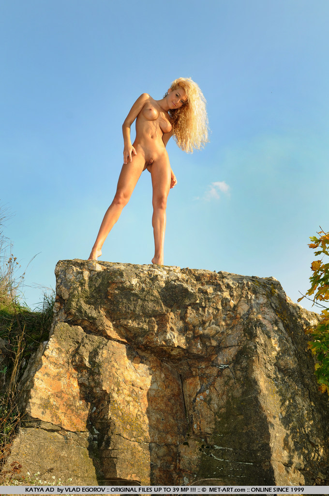 katya-ad-nude-rocks-metart-10