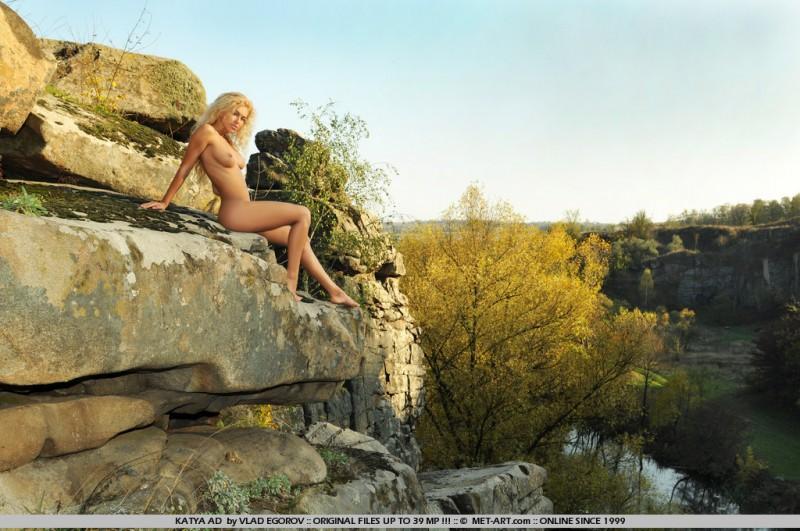 katya-ad-nude-rocks-metart-15