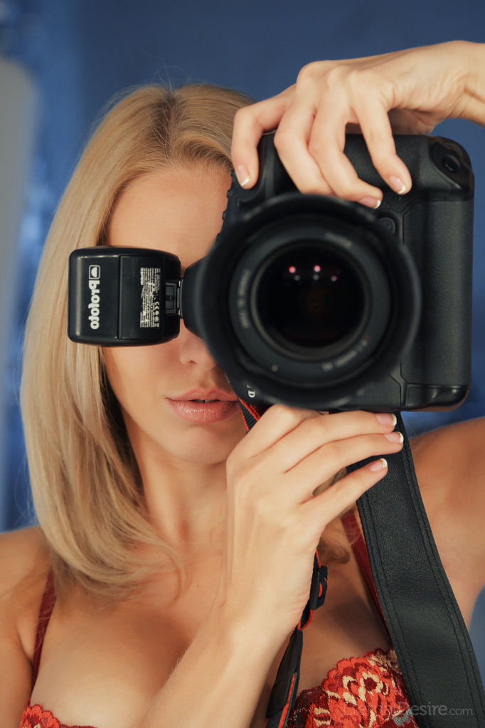lija-blonde-nude-eternal-desire-04