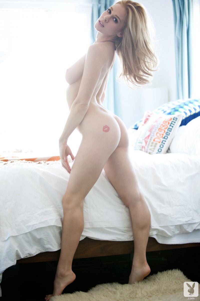 naked-blondes-vol4-17