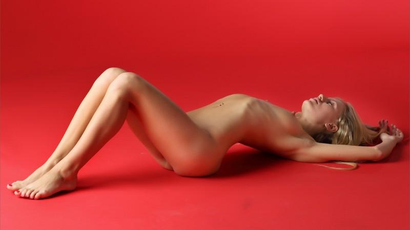 naked-blondes-vol4-46