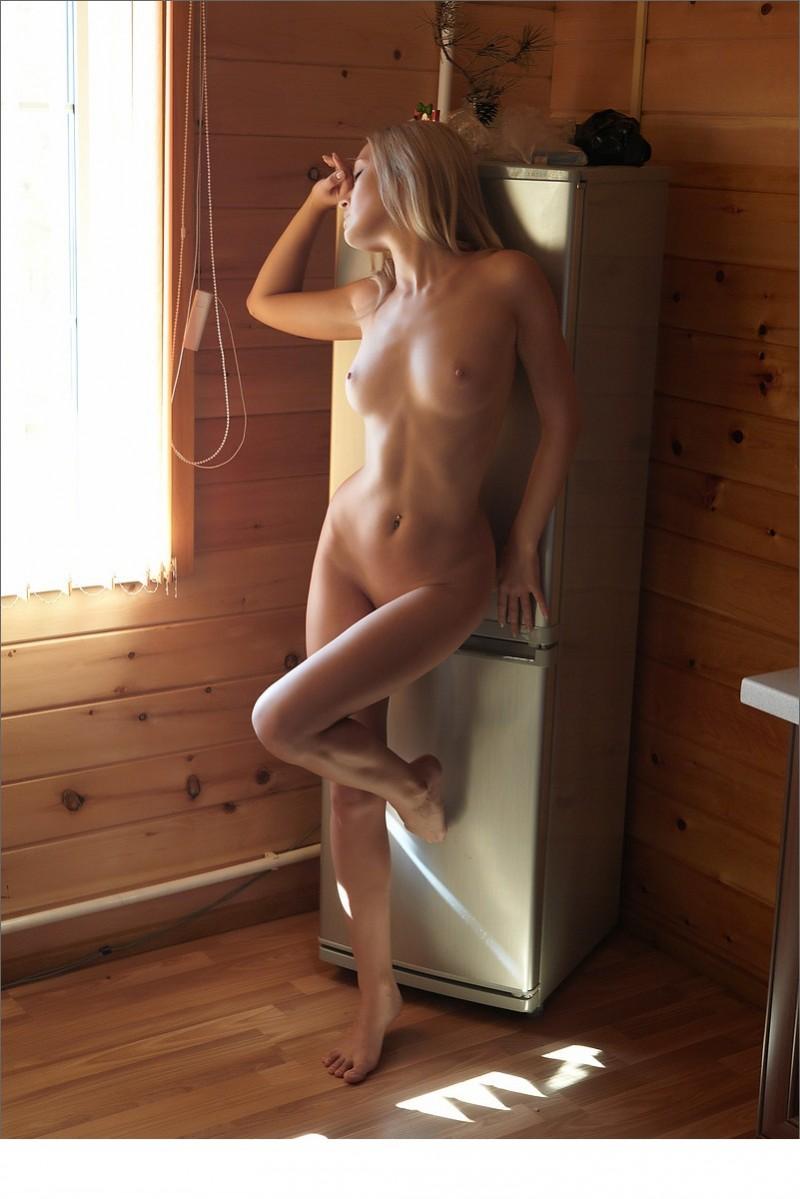 naked-blondes-vol4-73