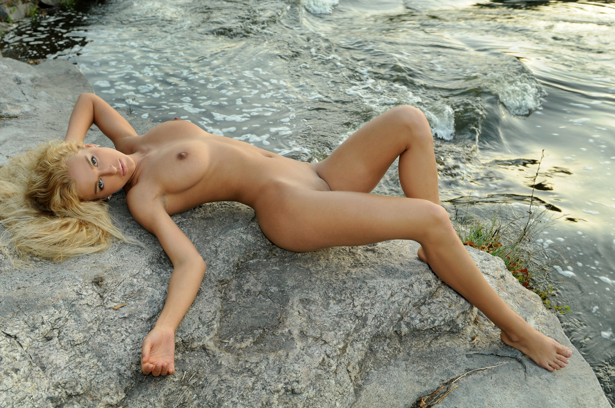 naked-blondes-girls-mix-vol6-50