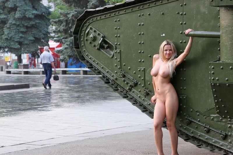 Фото голых девушек архангельска