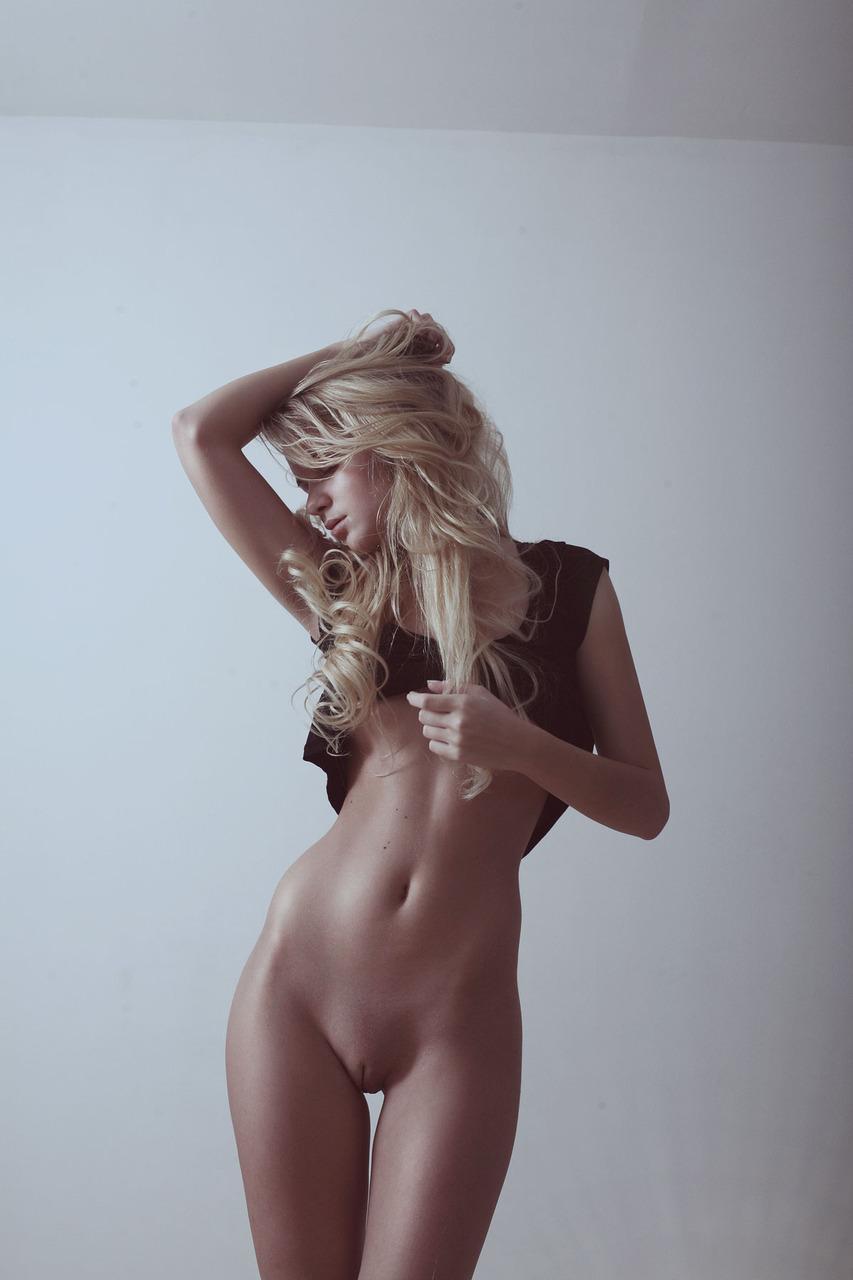 bottomless-girls-nude-mix-02
