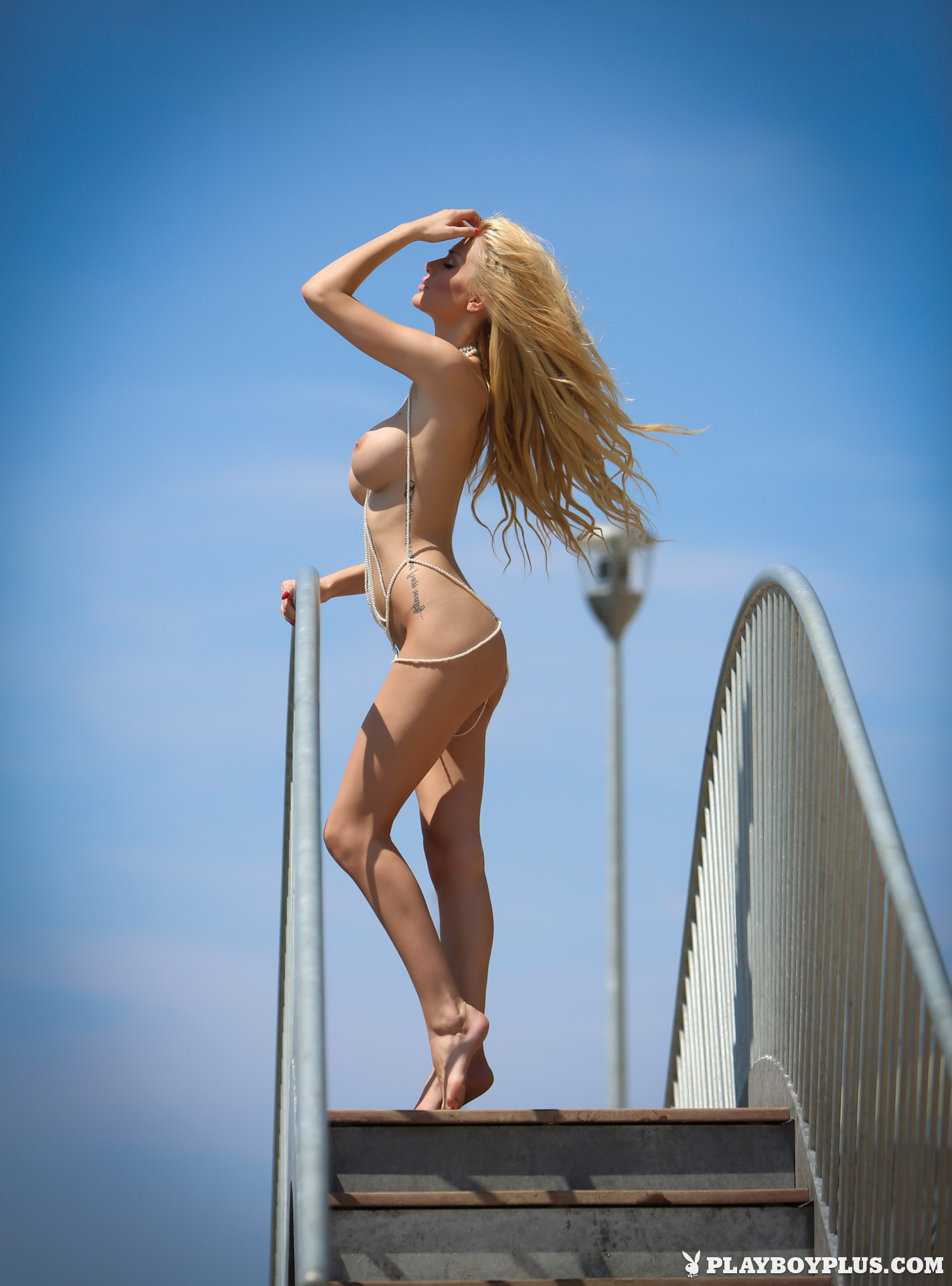 bozana-vujinovic-nude-boobs-blonde-croatia-playboy-09