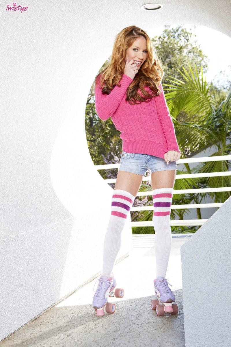bree-morgan-redhead-rollergirl-twistys-01