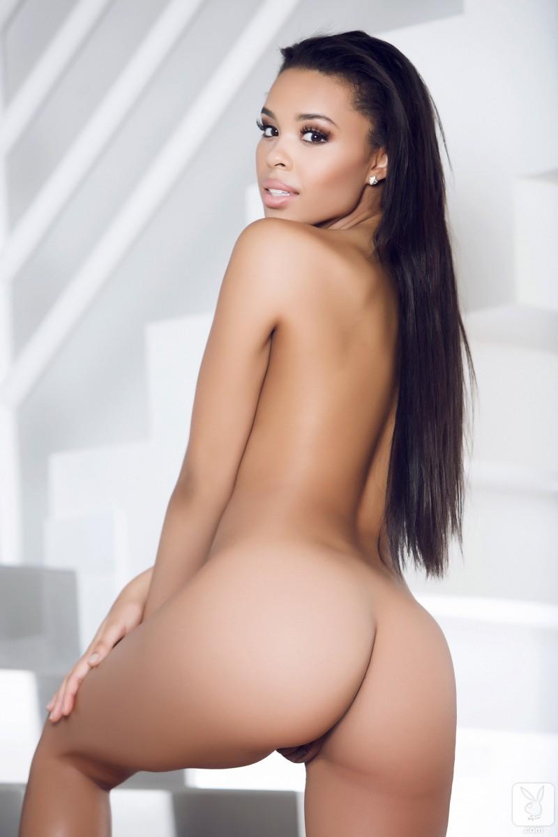 briana-ashley-nude-playboy-22