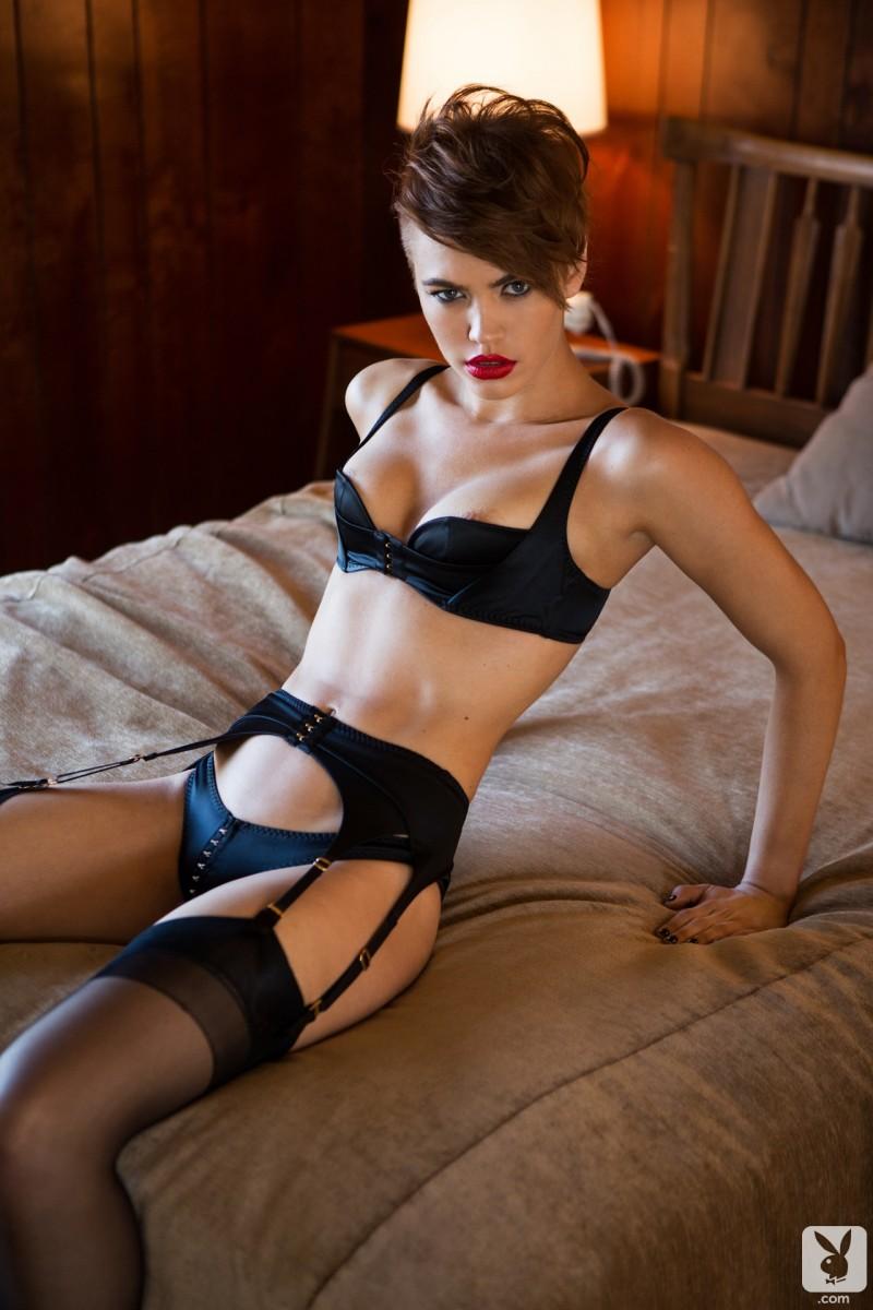 britt-linn-stockings-nude-playboy-01