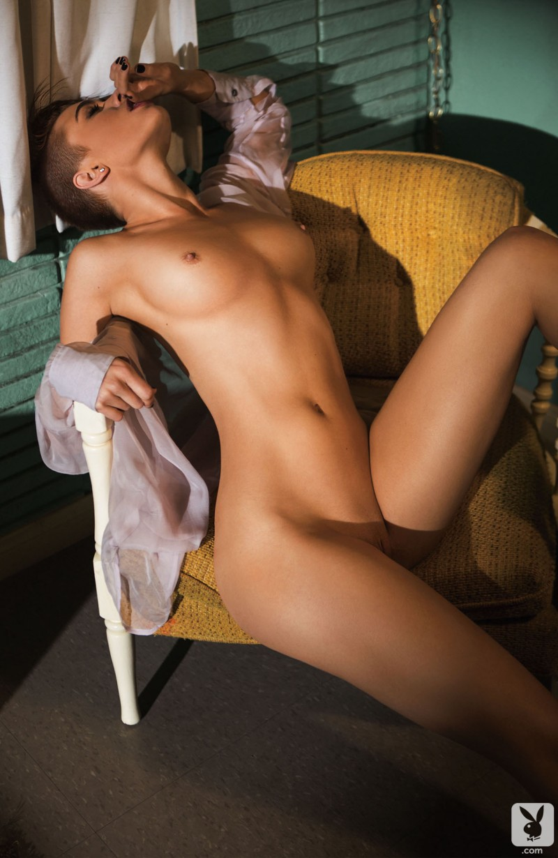 britt-linn-motel-room-playboy-05