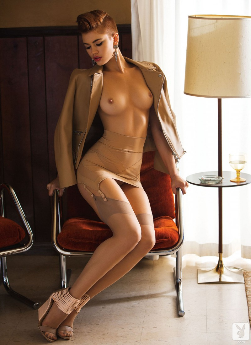 britt-linn-motel-room-playboy-12