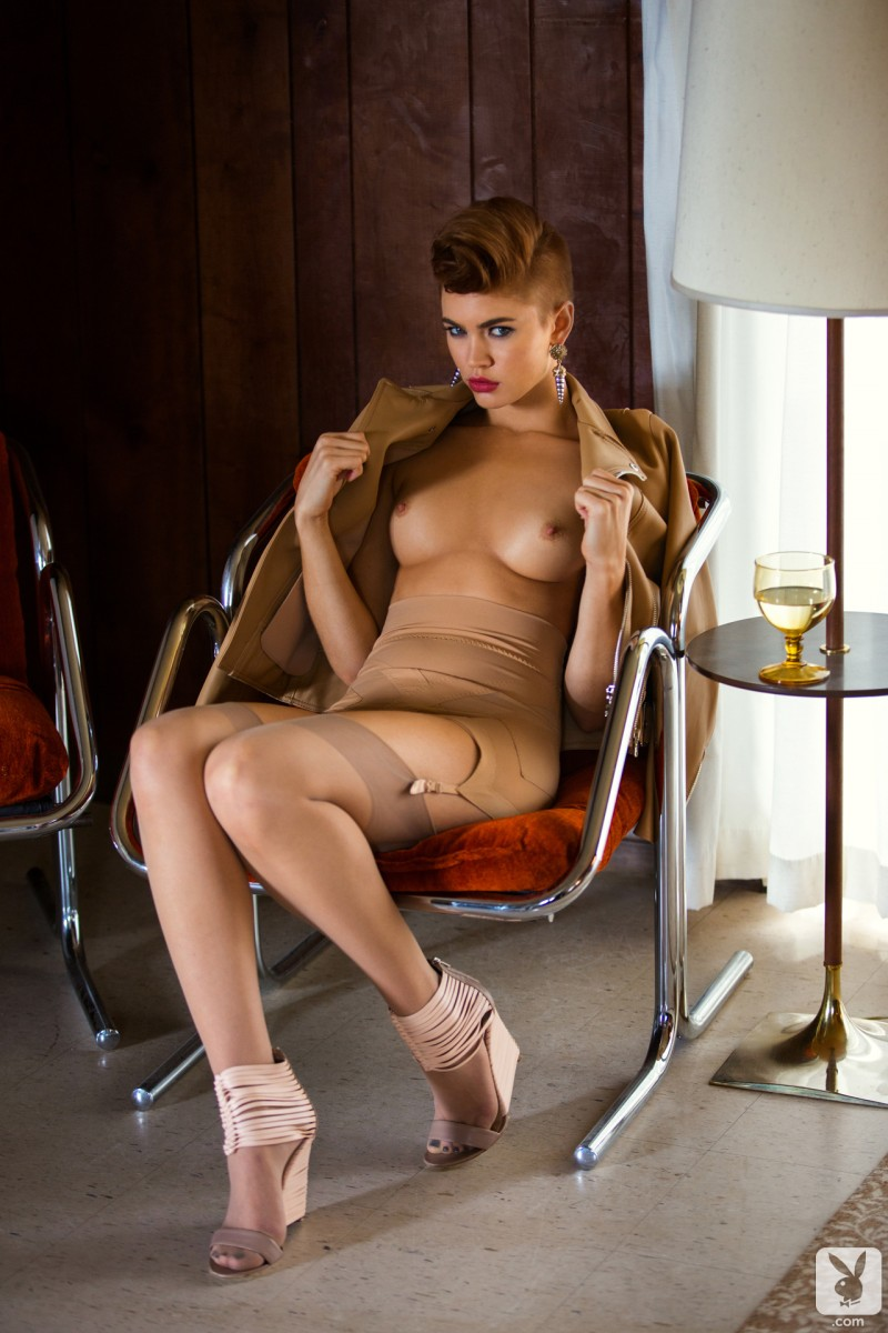 britt-linn-motel-room-playboy-14