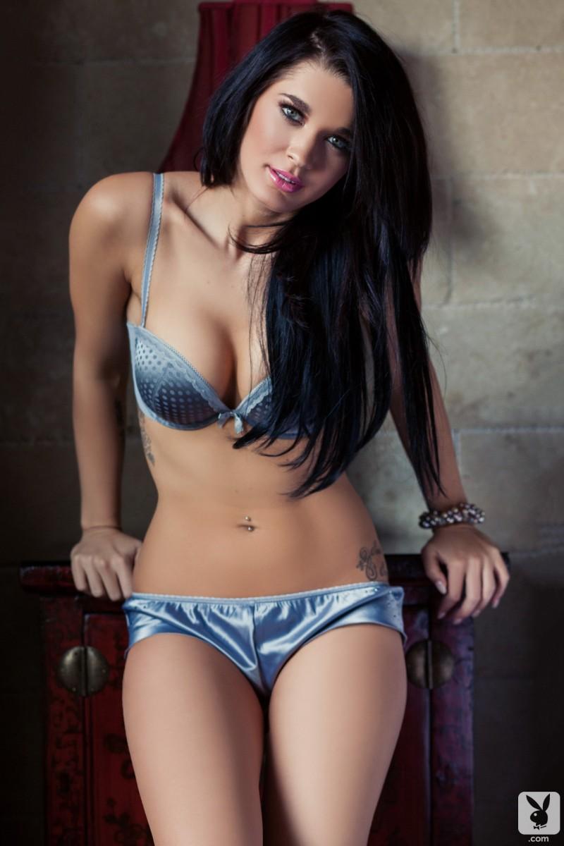 brittani-jayde-bedroom-playboy-04