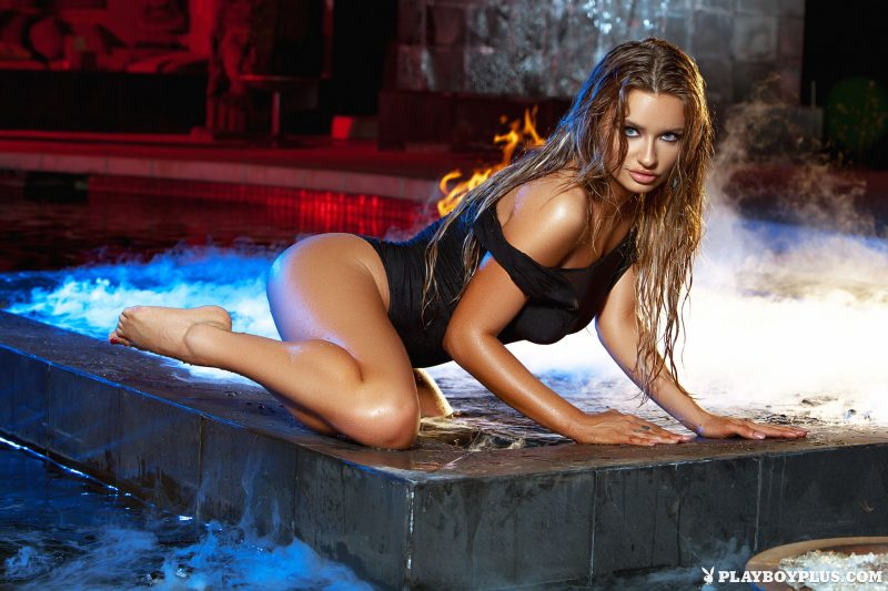 brittney-shumaker-nude-swimsuit-jacuzzi-playboy-05